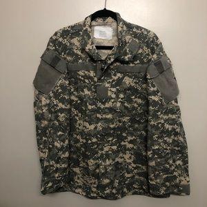US Army camouflage uniform shirt green medium